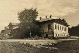 Дом Мицкевича, набережная VI Армии, 81, кон. XVIII в. (сейчас — руины). Фото: Наседкин
